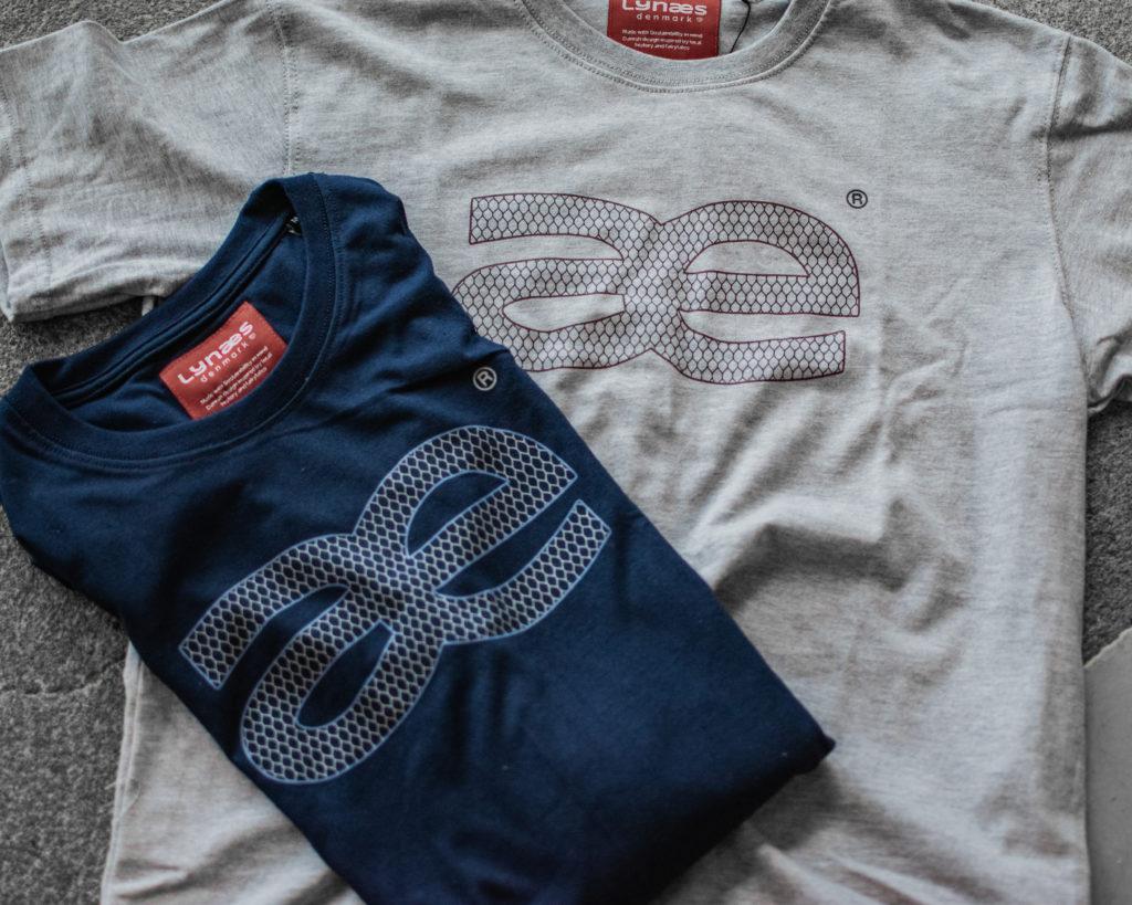 Blå og grå Lynæs logo-t-shirt